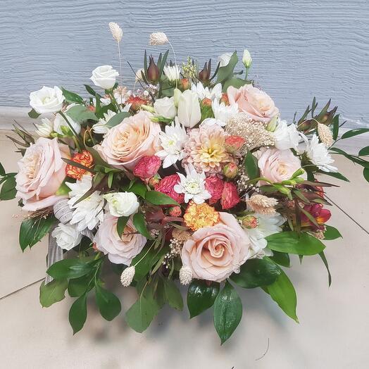 Корзина с цветами (с1)