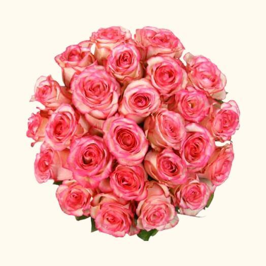 Букет из эквадорской розы carrousel