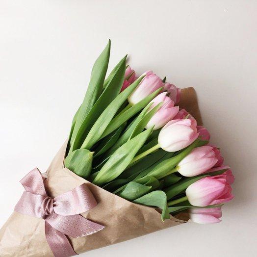 Лилии заказать доставка цветов г сальск альстромерии крафте доставка