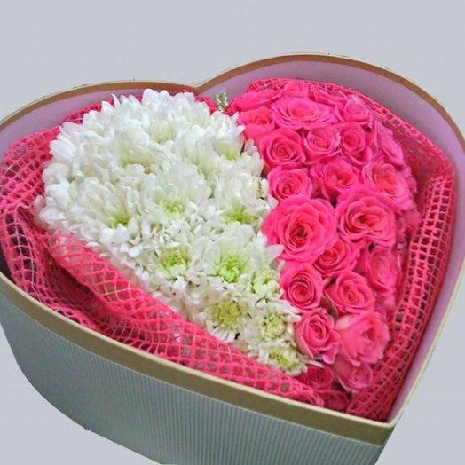 Коробочка сердце с цветами: букеты цветов на заказ Flowwow