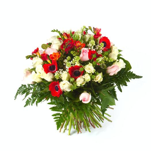 Букет «Восторженное настроение»: букеты цветов на заказ Flowwow