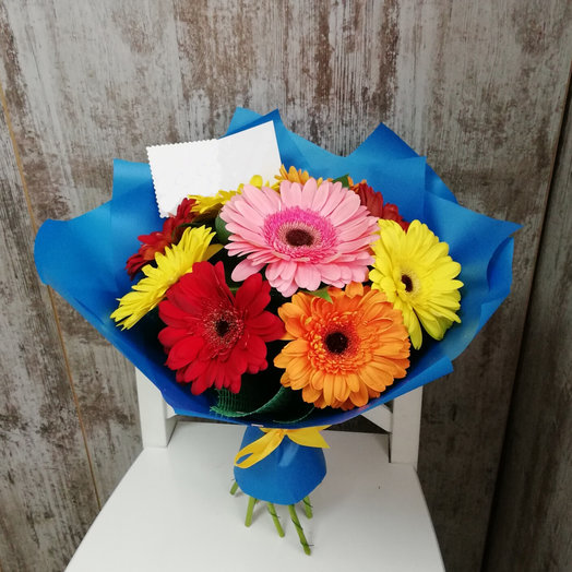 Цветы, бюджетные букет из 5 гербер