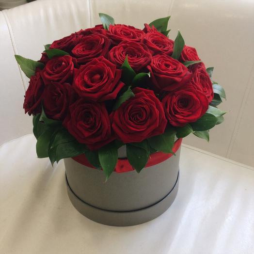 Коробка из 25-ти роз