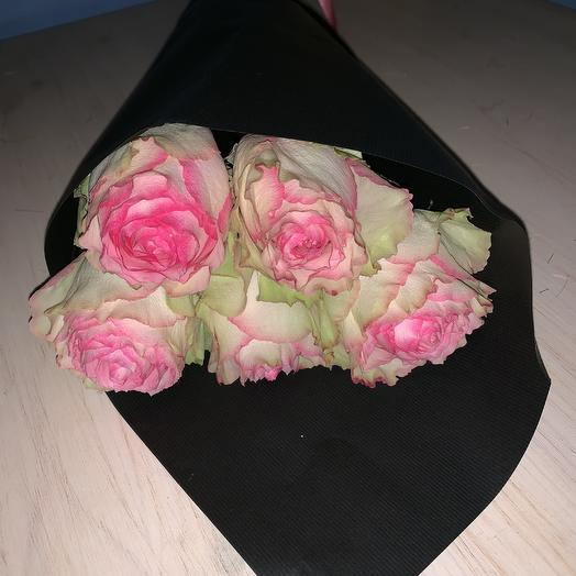 Стильный комплимент: букеты цветов на заказ Flowwow