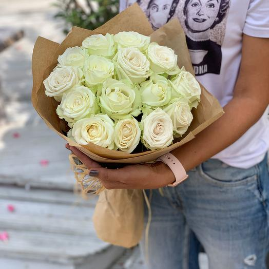 Bouquet of 15 white roses: flowers to order Flowwow