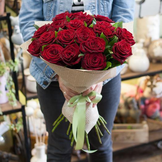 Букет из роз (19 роз)