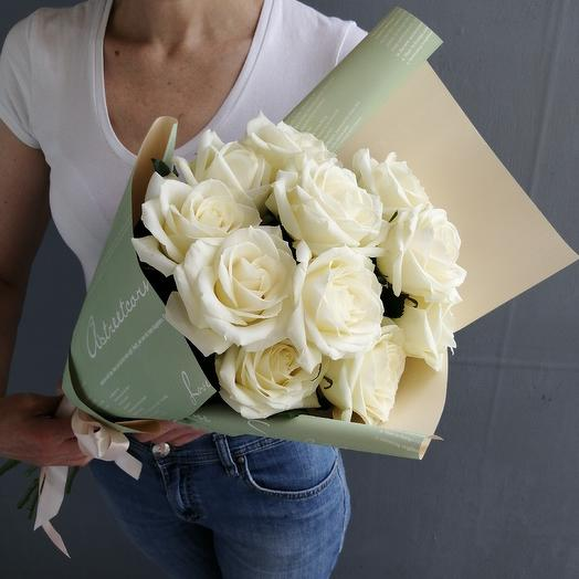 11 белых роз Взаимность: букеты цветов на заказ Flowwow
