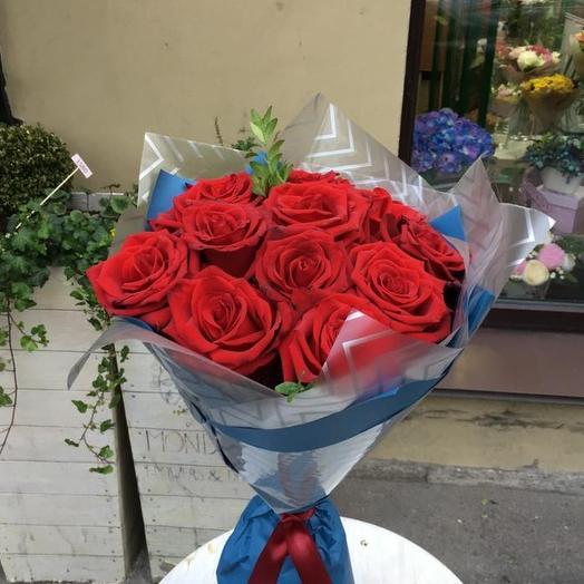 Роковой поцелуй: букеты цветов на заказ Flowwow