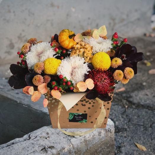 "КОРОБОЧКА ""ДЫХАНИЕ ОСЕНИ"": букеты цветов на заказ Flowwow"