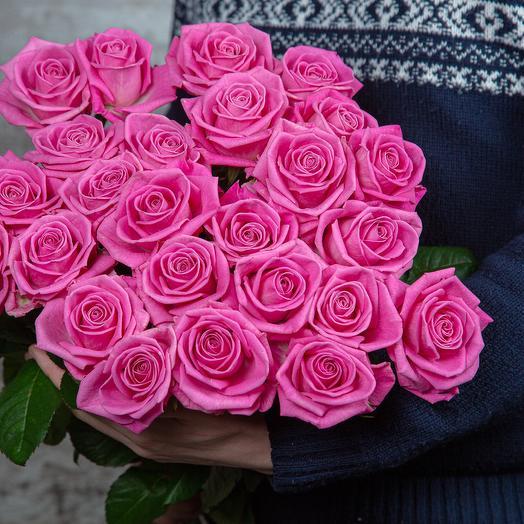 Букет из 25 розовой розы, длина 60 см: букеты цветов на заказ Flowwow
