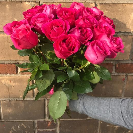 Букет 19 эквадорских роз. 60 см: букеты цветов на заказ Flowwow