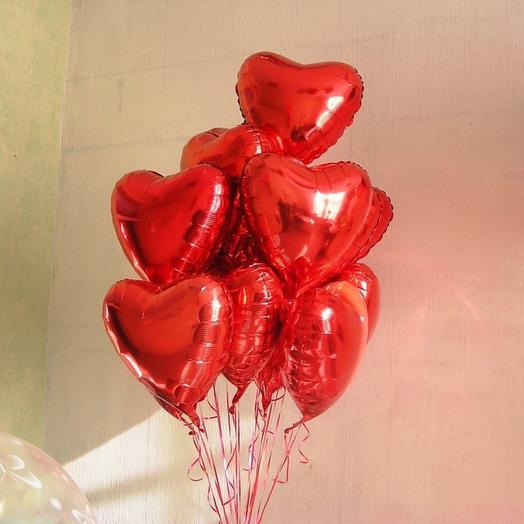 Foil balloons in the shape of a heart