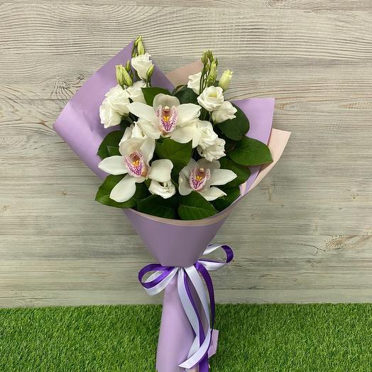 Микс из орхидей и Эустом