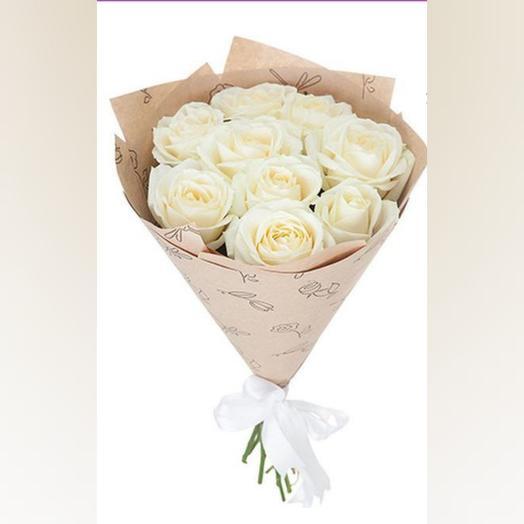 Белая роза в крафте
