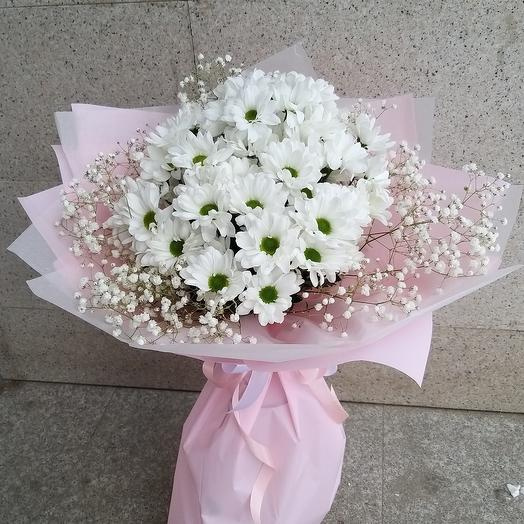 Пышный букет из стойких цветов