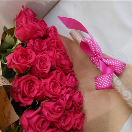 Букет роз с посланием на крафт бумаге