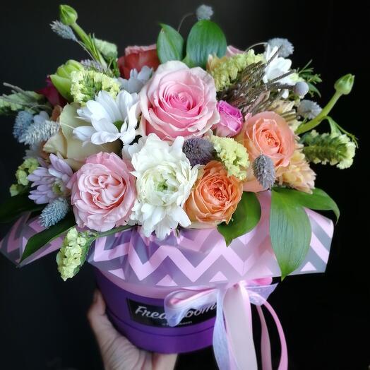 """Цветы в коробке """"Нора"""""""