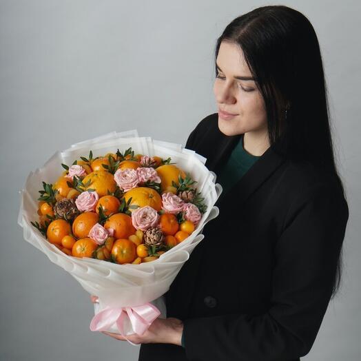 Букет из фруктов размера M