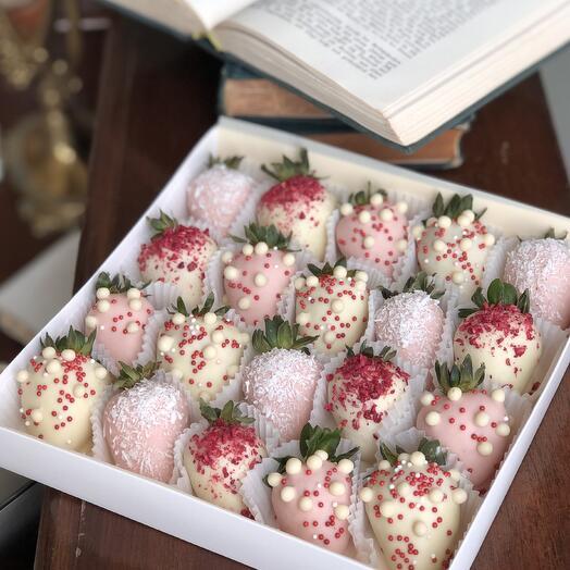 """Большой набор клубники в шоколаде """"Spring"""""""
