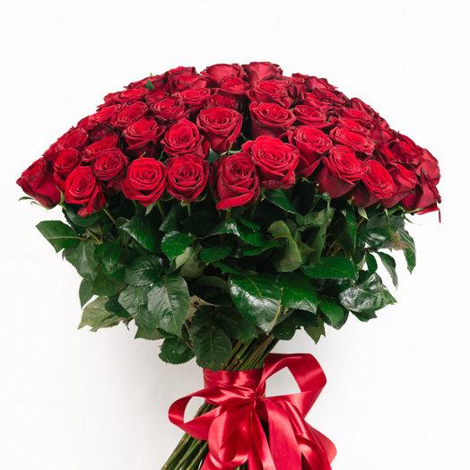 Букет из 101 розы Ред Наоми: букеты цветов на заказ Flowwow