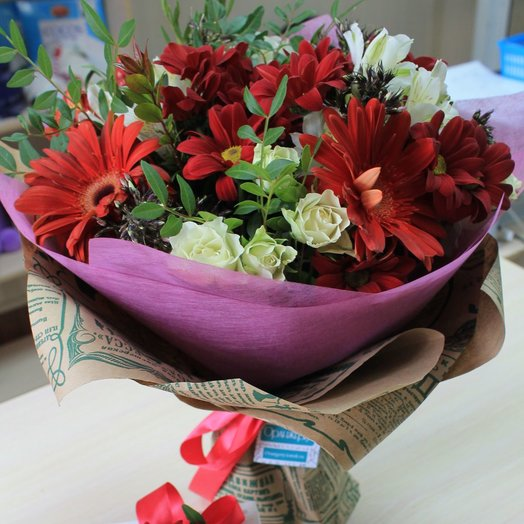 Рэд: букеты цветов на заказ Flowwow
