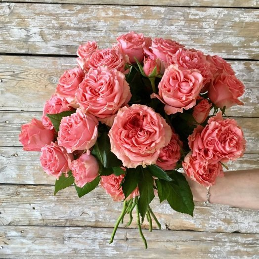 Букет из пионовидных роз Мадемуазель