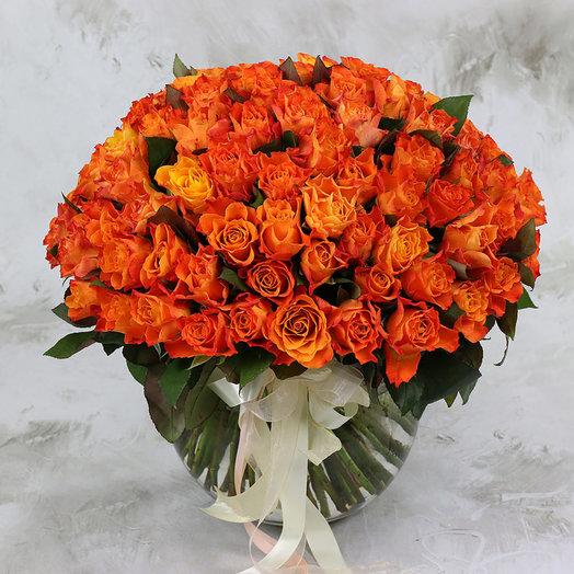 Букет из 101 оранжевой розы 40 см: букеты цветов на заказ Flowwow