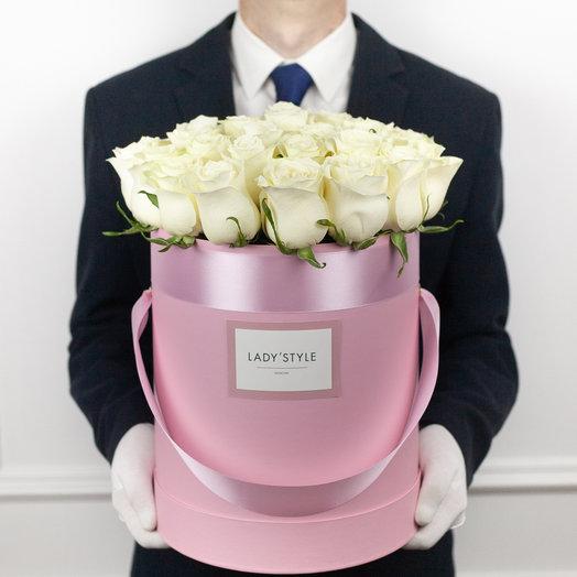 Эквадорские розы в шляпной коробке L