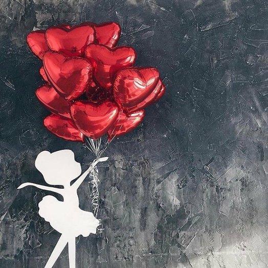 Воздушная охапка красных сердец - 15 штук: букеты цветов на заказ Flowwow