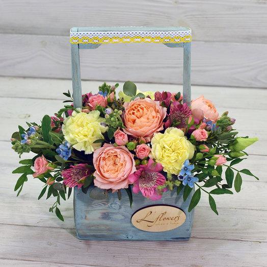 Деревянный ящик Бэмби: букеты цветов на заказ Flowwow