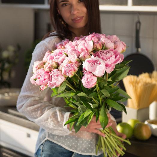 """Букет из 29 светло розовых пионов """"Сара Бернар"""": букеты цветов на заказ Flowwow"""