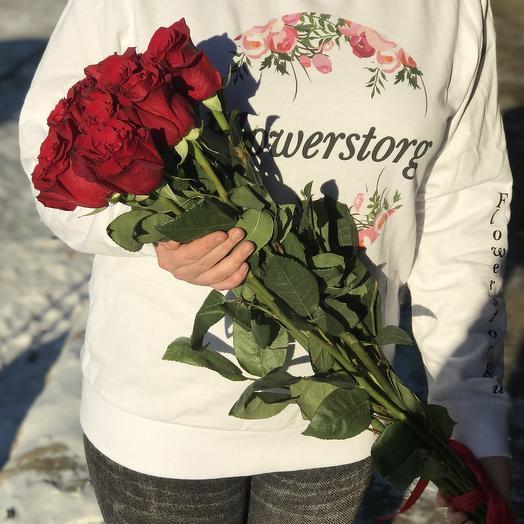 Метровая красная эквадорская роза 9 шт N245: букеты цветов на заказ Flowwow