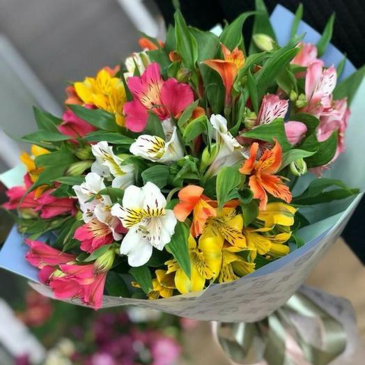 Яркий букет альстромерий: букеты цветов на заказ Flowwow