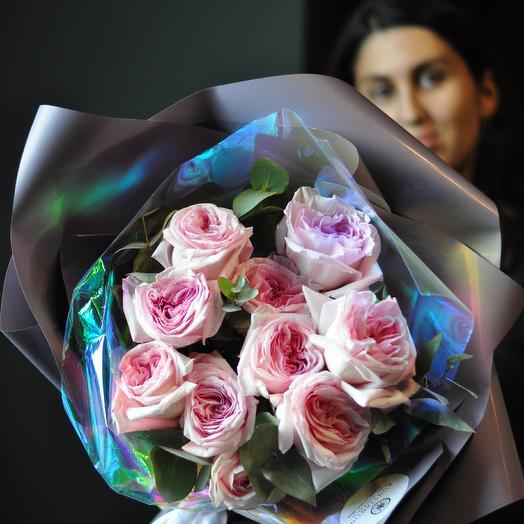 Розовый моно букет для принцессы: букеты цветов на заказ Flowwow