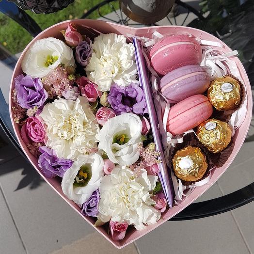 Сердце в подарок: букеты цветов на заказ Flowwow