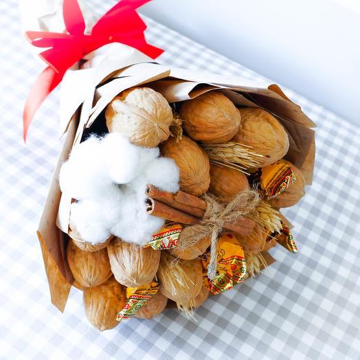 Букет из грецких орехов: букеты цветов на заказ Flowwow