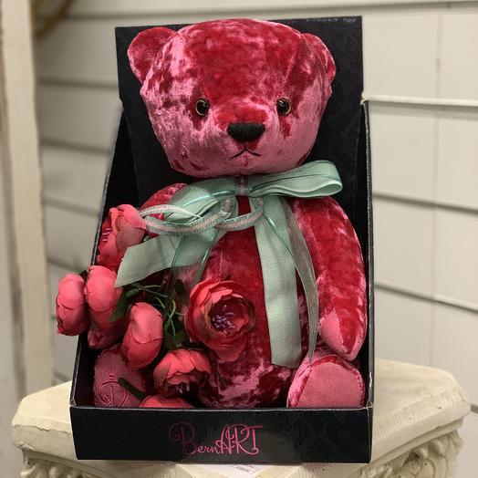 Мишка плюшевый с букетом: букеты цветов на заказ Flowwow