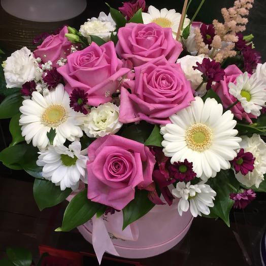 Розовая коробочка: букеты цветов на заказ Flowwow