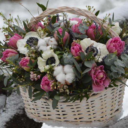 """Корзина цветов """"Обыкновенное чудо"""": букеты цветов на заказ Flowwow"""