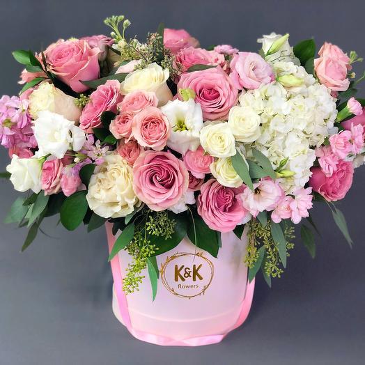 XXL Hat Box Arrangement 2: flowers to order Flowwow