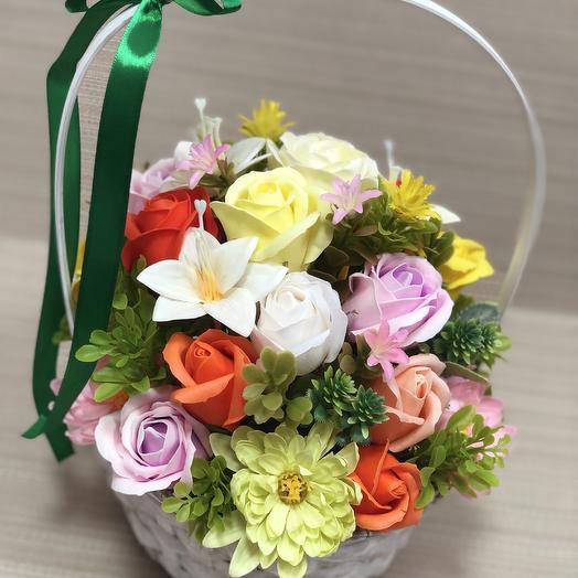 Весенняя корзина цветов: букеты цветов на заказ Flowwow
