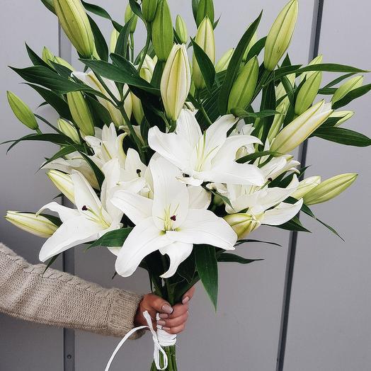 Букет Лиля: букеты цветов на заказ Flowwow