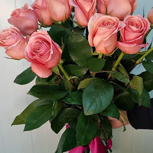15 шт розовые розы Эквадор: букеты цветов на заказ Flowwow