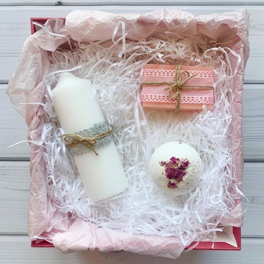 Набор для ванны «Лепестки роз»: букеты цветов на заказ Flowwow