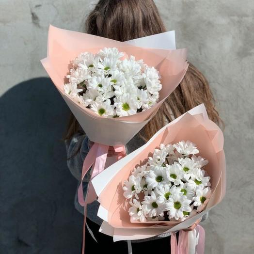 3 хризантемы в упаковке