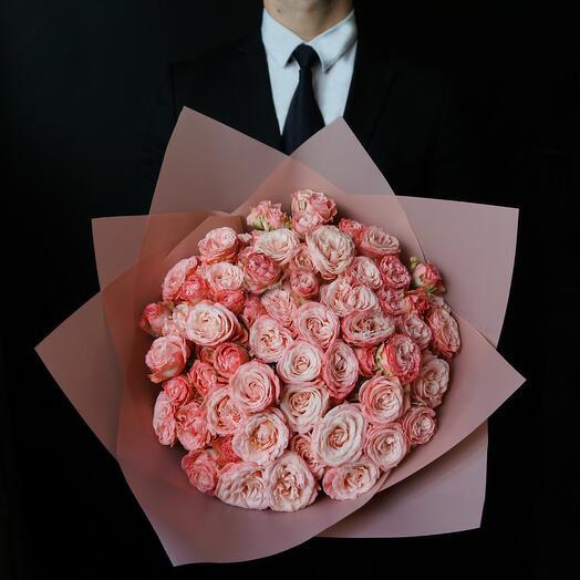 Букет из 21 пионовидной розы Madam Bombastic