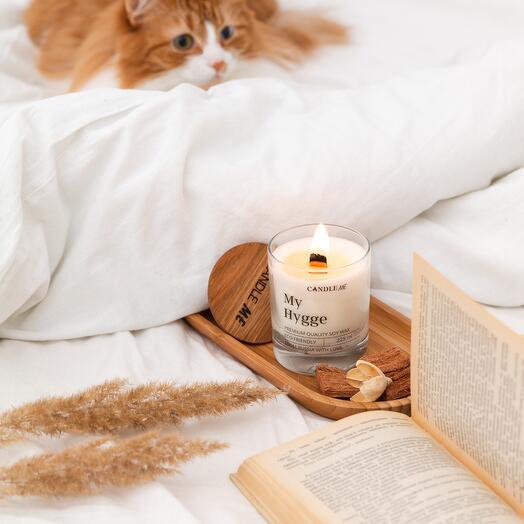 Свеча ароматизированная My Hygge/Мой Хюгге (без аромата) с потрескивающим деревянным фитилем, CANDLE ME