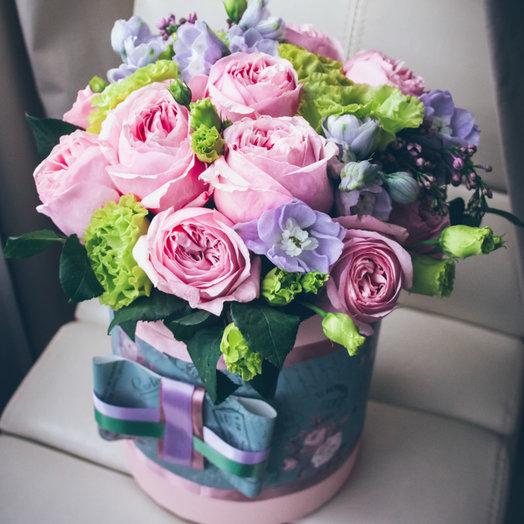Фиолетово-розовая шляпная коробка: букеты цветов на заказ Flowwow
