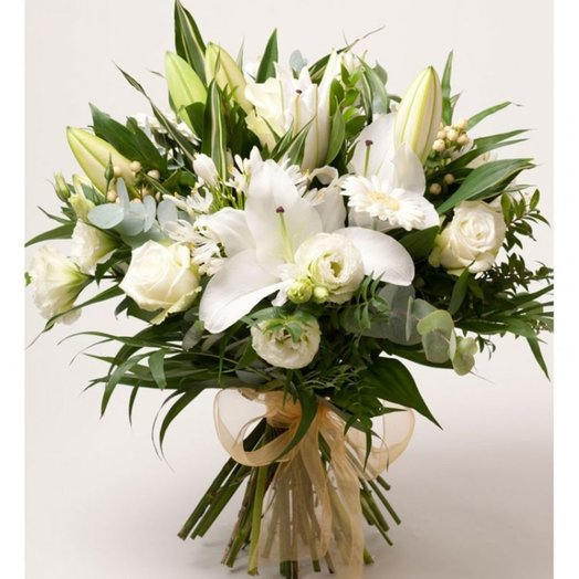 "Bouquet ""White idea"" from different colors of shades of white. Code 160194"