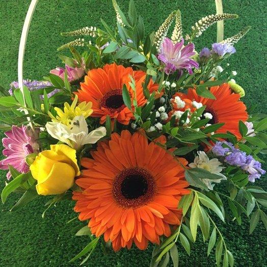 Летняя композиция с яркими герберами: букеты цветов на заказ Flowwow